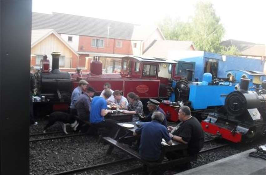 Loco Cooking - Sitting down to eat at the end of the day on the engine and filming
