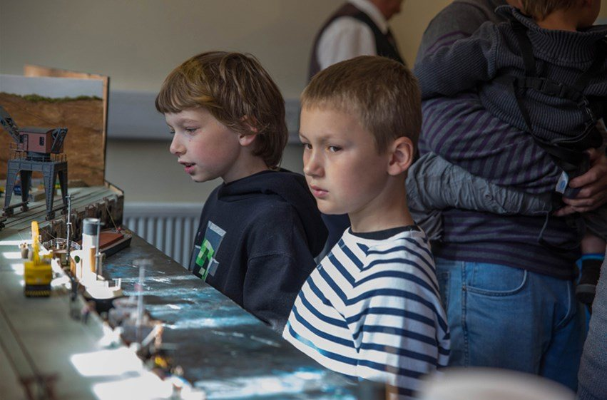 Minature - Kids enjoying the steam in minature day